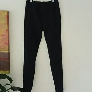 UMGEE moto black jeggings w/ ankle zippers